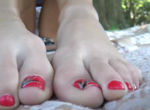 Giantess soles rubdown point of view