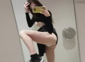 Quickie getting off in public rest room