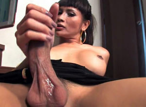 Thai t-girl fingerblasting with 2 frigs