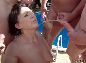 Watersports in grannie  during group sex
