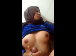 Arab smashes gf in the bathroom. This..