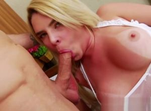 Transsexual Carol Penelope rails a..